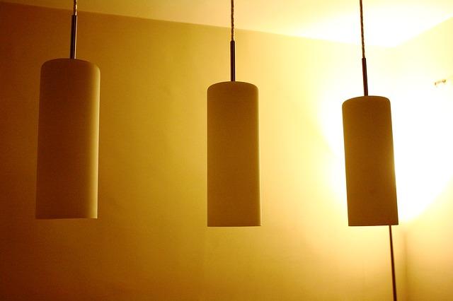 Wie Lampen anschließen